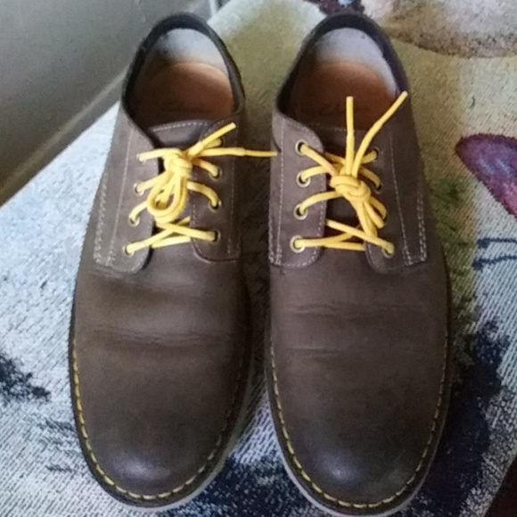 Clarks Mens Newby Fly Brown Leather